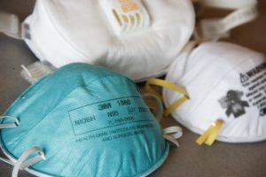 veilig werken in de thuiszorg met mondkapjes in coronatijd
